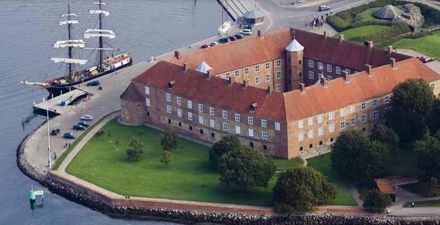 Museum Sønderjylland søger en servicemindede weekend- og ferieafløsere for opsynshavende museumsvært til Sønderborg Slot